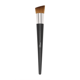 dior backstage make up full coverage fluid foundation brush