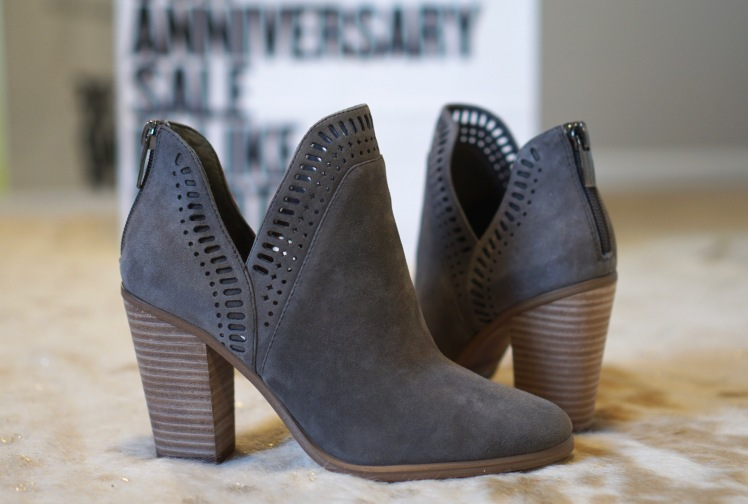Anniversary sale Vince Camuto booties